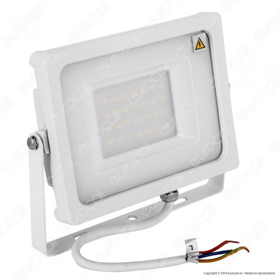V-Tac VT-4933 Faretto LED SMD 30W Ultra Sottile da Esterno Colore Bianco - SKU 5808