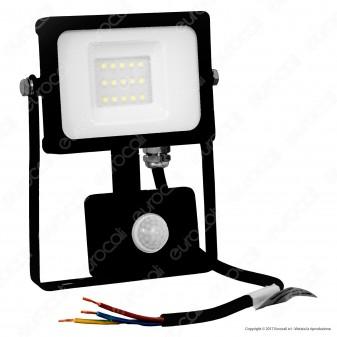 V-Tac VT-4911 Faretto LED 10W Ultra Sottile Slim con Sensore Colore Nero - SKU  5783 / 5785