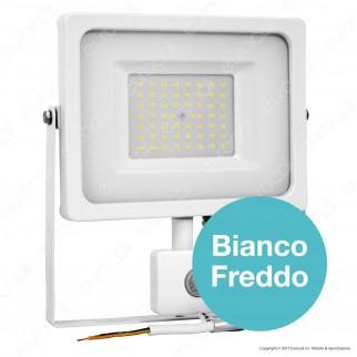V-Tac VT-4955 PIR Faretto LED 50W Ultra Sottile Slim con Sensore Colore Bianco - SKU 5840 / 5841 / 5842