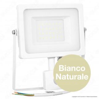 V-Tac VT-4933 PIR Faretto LED 30W Ultra Sottile Slim con Sensore Colore Bianco - SKU  5823