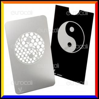Grinder Card Formato Tessera Tritatabacco in Metallo - Ying Yang