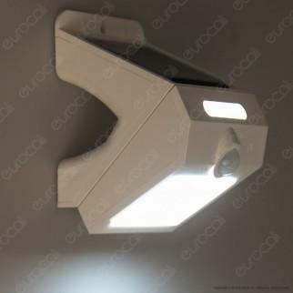 Life Lampada da Muro LED 3W con Pannello Solare e Sensore Colore Bianco - mod. 39.920315C