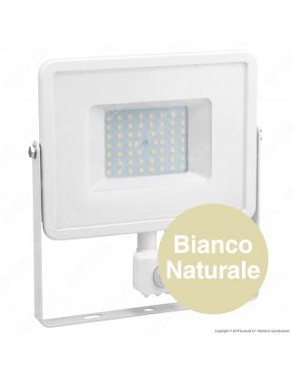 V-Tac PRO VT-50-S Faretto LED 50W Ultra Sottile Slim Chip Samsung con Sensore Colore Bianco - SKU 466 / 467 / 468