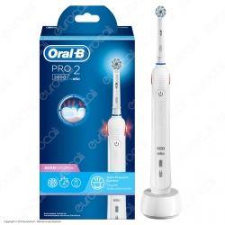 Oral-B Pro 2 2000 Spazzolino Elettrico Ricaricabile Bianco con Testina Sensi UltraThin