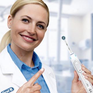Oral-B CrossAction Testine di ricambio per spazzolino elettrico 8 pezzi + 2 extra