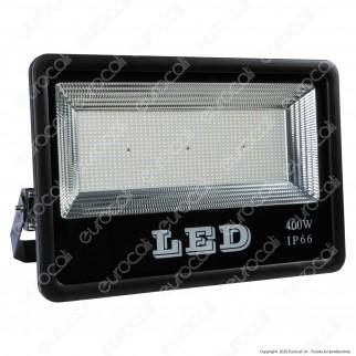 Sure Energy Faro LED SMD 400W da Esterno IP66 in Alluminio Colore Nero - mod. T215