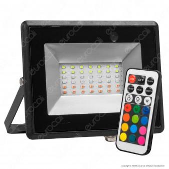 V-Tac VT-4932 Faro LED RGB 30W IP65 Dimmerabile con Telecomando Infrarossi - SKU 5995