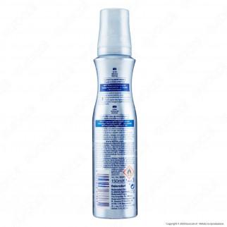 Nivea Styling Mousse Flexible Curls&Care - Flacone da 150ml
