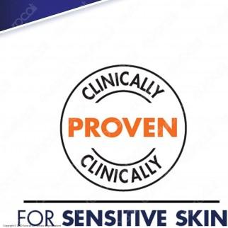 Gillette SkinGuard Sensitive Rasoio Pelli Sensibili Uomo con 11 Lamette