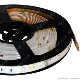 V-Tac VT-5050 Kit con Striscia LED VT-5050 Multicolore RGB 5mt Controller e Alimentatore - SKU 2628