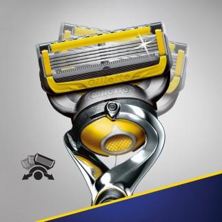 Gillette Fusion 5 Proshield Rasoio a 5 Lame - Blister con Rasoio e 8 Lamette di Ricambio