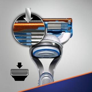 Gillette Fusion5 Rasoio e Lamette di Ricambio - Confezione con Rasoio e 11 Lamette