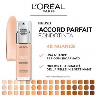 L'Oréal Paris Accord Parfait Fondotinta Fluido Naturale 8.D/8.W Cappuccino Doré