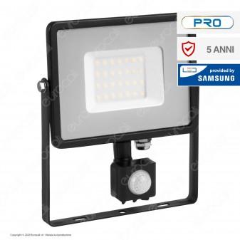 V-Tac PRO VT-30-S Faretto LED 30W Ultra Sottile Slim Chip Samsung con Sensore Colore Nero IP65 - SKU 460 / 461 / 462