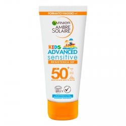 Garnier Ambre Solaire Kids Advanced Sensitive SPF 50+ Resistenza x3 Protezione Molto Alta Bimbi - Flacone da 50ml