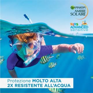 Garnier Ambre Solaire Kids SPF 50+ Spray Protezione Molto Alta Bimbi Ipoallergenico e Resistente all'Acqua - Flacone da 300ml