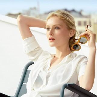 Garnier Ambre Solaire Acqua UV SPF 50 Spray Nebulizzatore Protezione Alta con Aloe Vera Senza Alcool - Flacone da 200ml