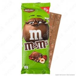 M&M's Hazelnut Tavoletta di Cioccolato al Latte con Confetti alle Nocciole - Confezione da 165g