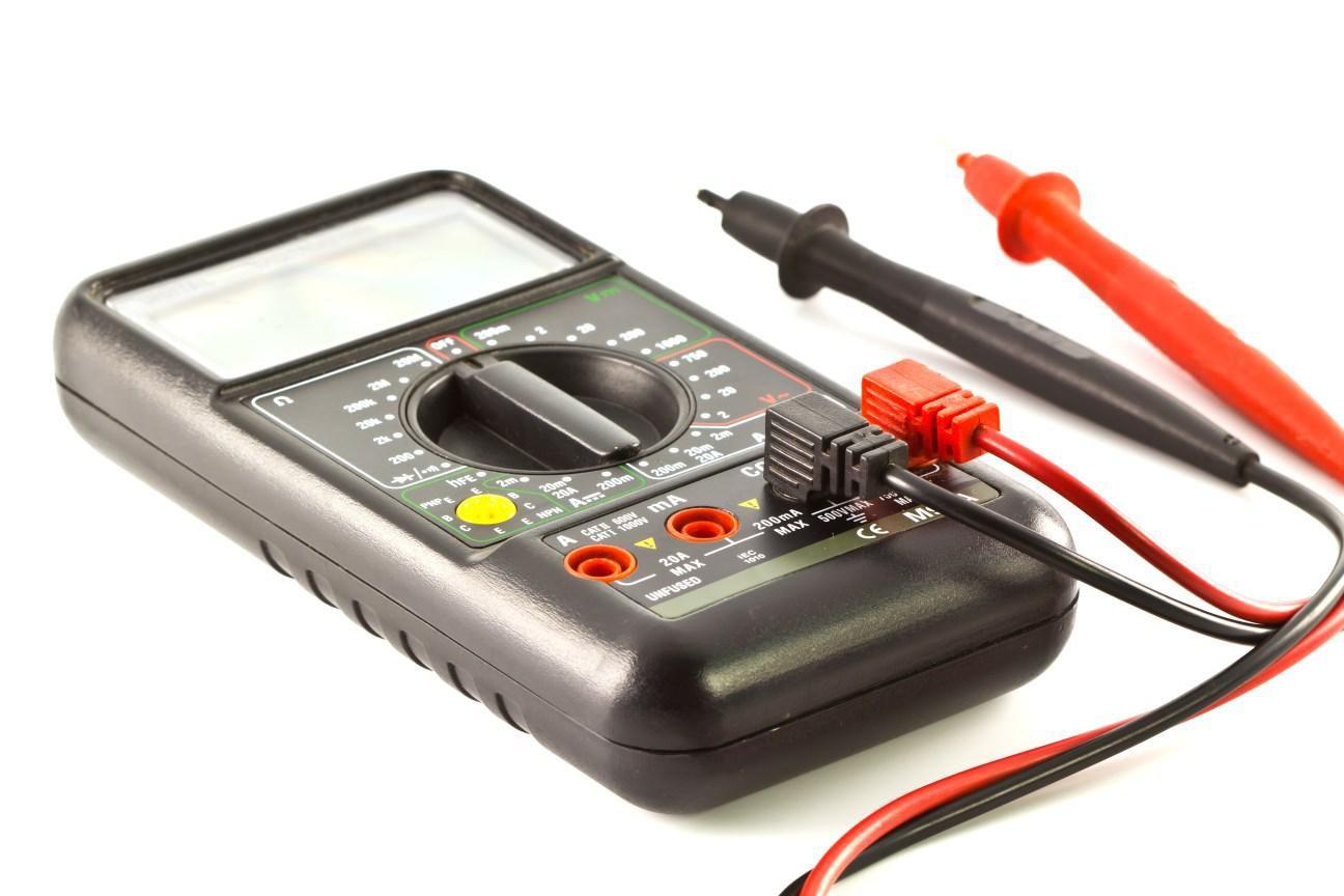 Utensili per elettricisti: quali sono indispensabili?