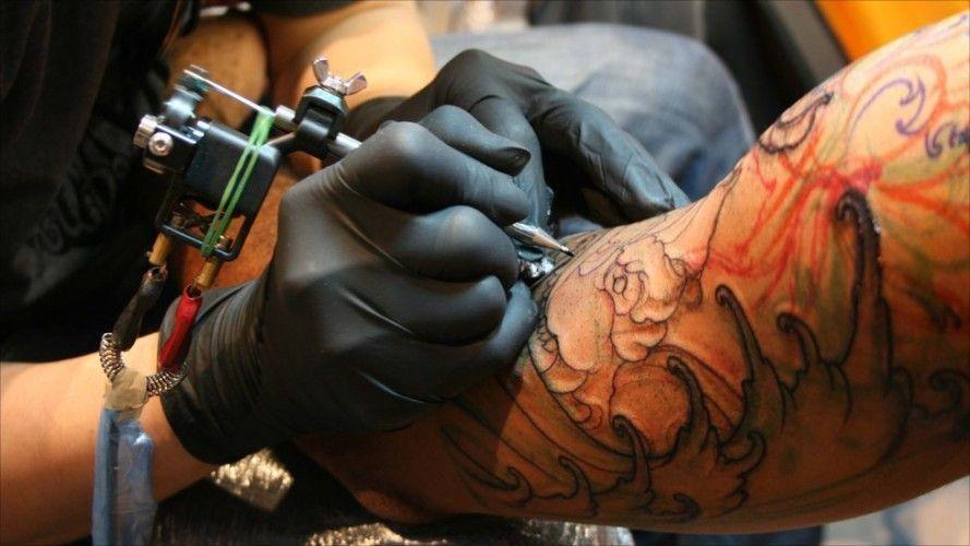 guanti consigliati per tatuatori