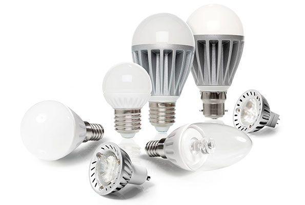 Le tue lampadine led lampeggiano for Lampadine led particolari
