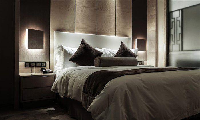 Come illuminare la testata del letto con 6 idee uniche - Illuminare la camera da letto ...
