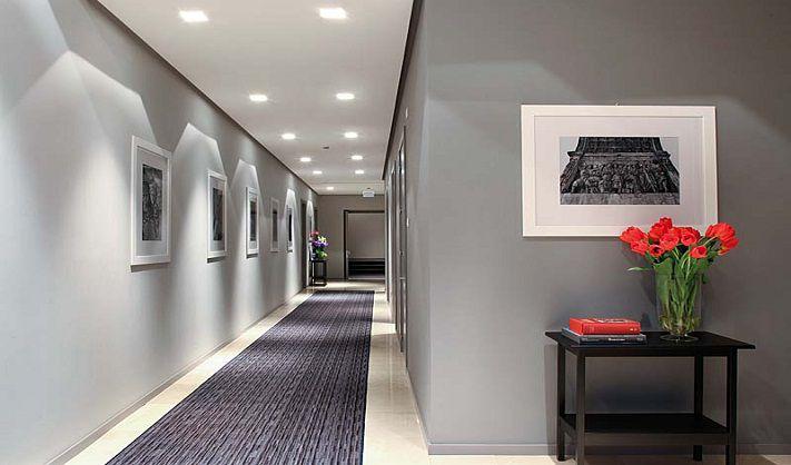 Illuminare un corridoio con led come illuminare una casa buia