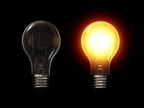 Lampade alogene via dal mercato: arrivano le lampadine led