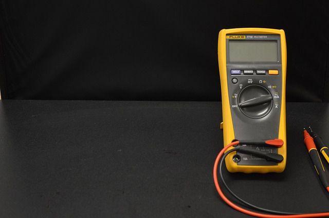 tester digitale per elettricista
