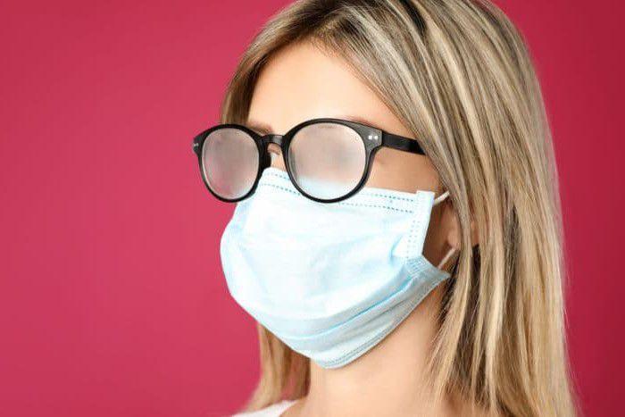 Come non far appannare gli occhiali con la mascherina? 6 trucchi