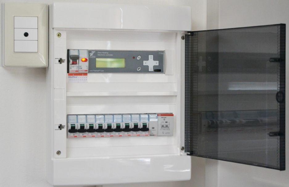 Pannello quadro elettrico com 39 fatto e funzionamento for Quadri per appartamento
